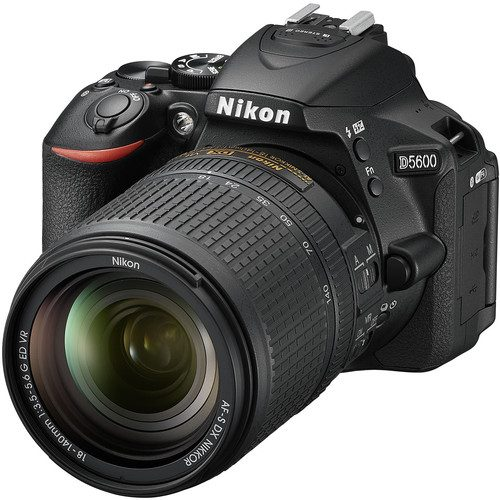 Nikon D5600 DSLR Camera FREE 64GB SD CARD + CAMERA BAG